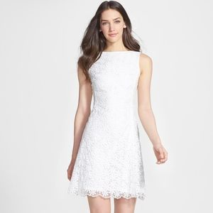 *NWOT* Kate Spade Izzy Embroidered Dress (00)